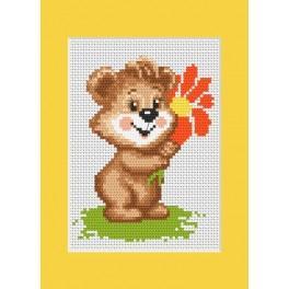 Předloha online - Narozeninová karta - Medvídek s květinkou