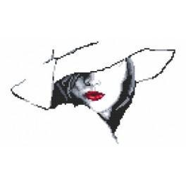 Předloha online - Žena v klobouku II