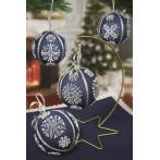 W 8824 Předloha on line - Vánoční koule se sněhovými vločkami