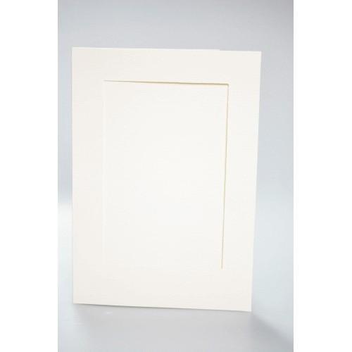 944-01 Velká přání s obdélníkovou paspartou. Barva krém.