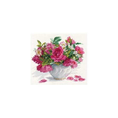 ALI 2-25 Vyšívací sada - Růže a sedmikrásky