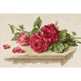 Zestaw z muliną - Czerwone róże