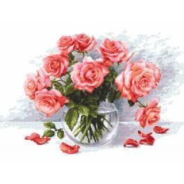 Vyšívací sada s mulinkou a podiskem - Tajemné růže