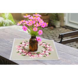 W 10206 Předloha ONLINE - Ubrousek s magnolií