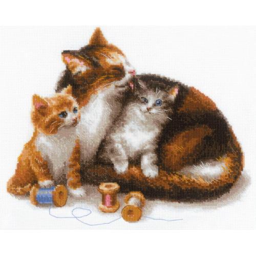 RIO 1811 Vyšívací sada s akrylovou příze - Kočka s koťátky