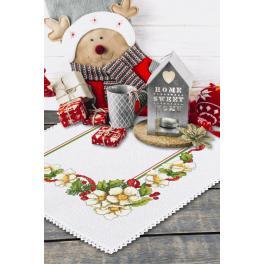 ZU 10195 Vyšívací sada s mulinkou a ubrouskem - Vánoční ubrousek s květinami