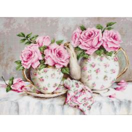 Vyšívací sada - Ranní čaj mezi růžemi