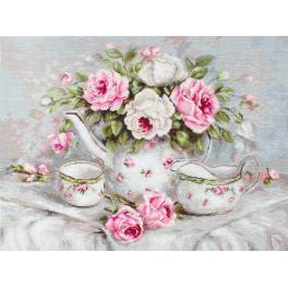 Vyšívací sada - Anglický čaj mezi růžemi