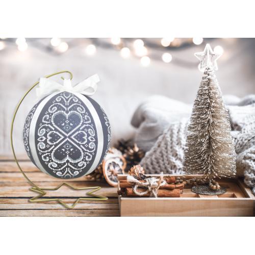 GU 10639 Předloha - Vánoční koula s bílou arabeskou