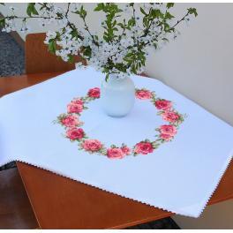 ZU 10449 Vyšívací sada - Ubrus s růžemi